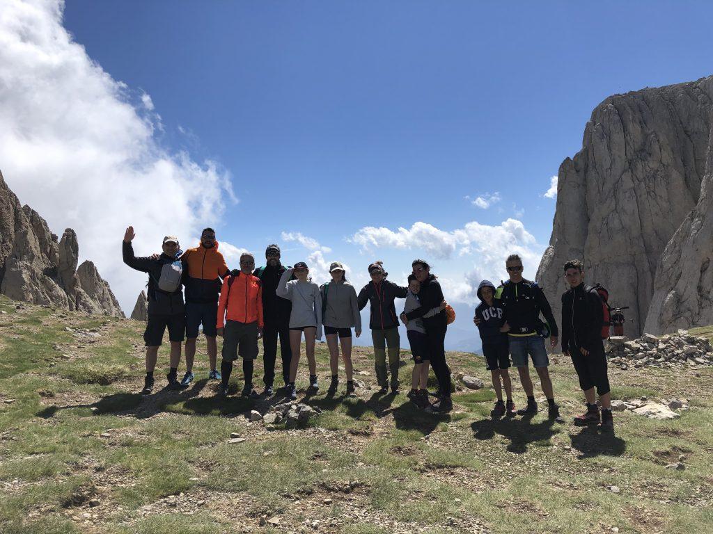 Reagrupament del grup a la enforcadura del Pedraforca