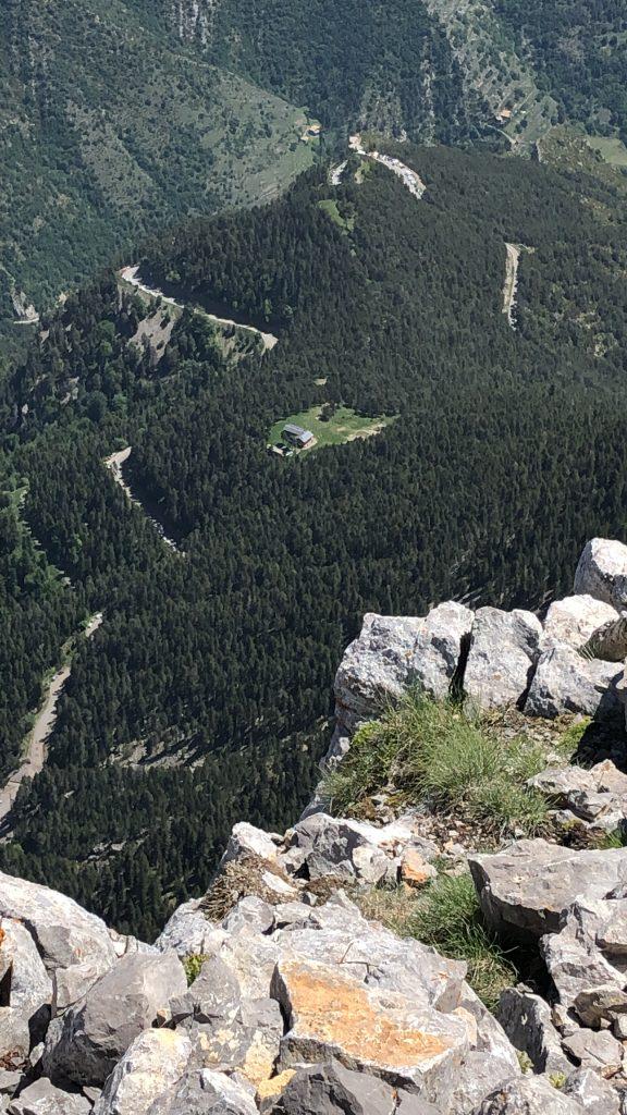 Refugi lluís Estasen des del cim de Pedraforca