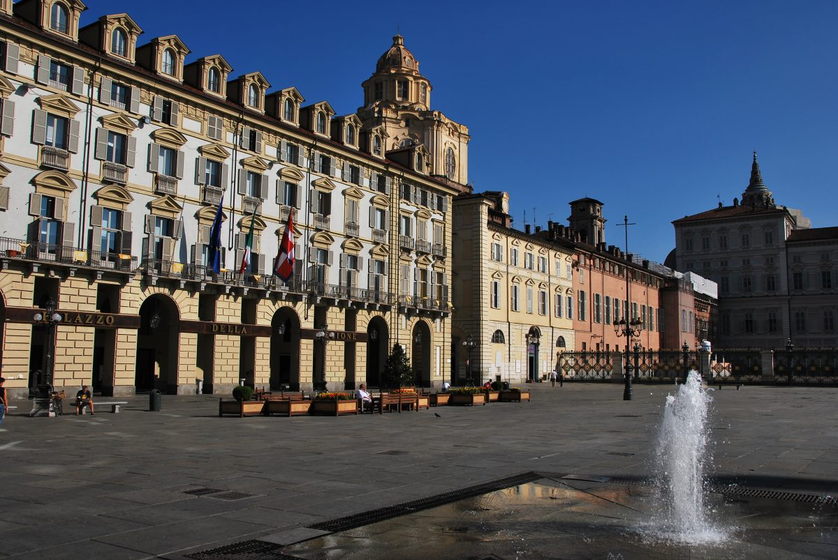 Piazza-Castello