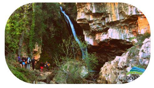 Ruta a peu a la Cascada del riu Carbo